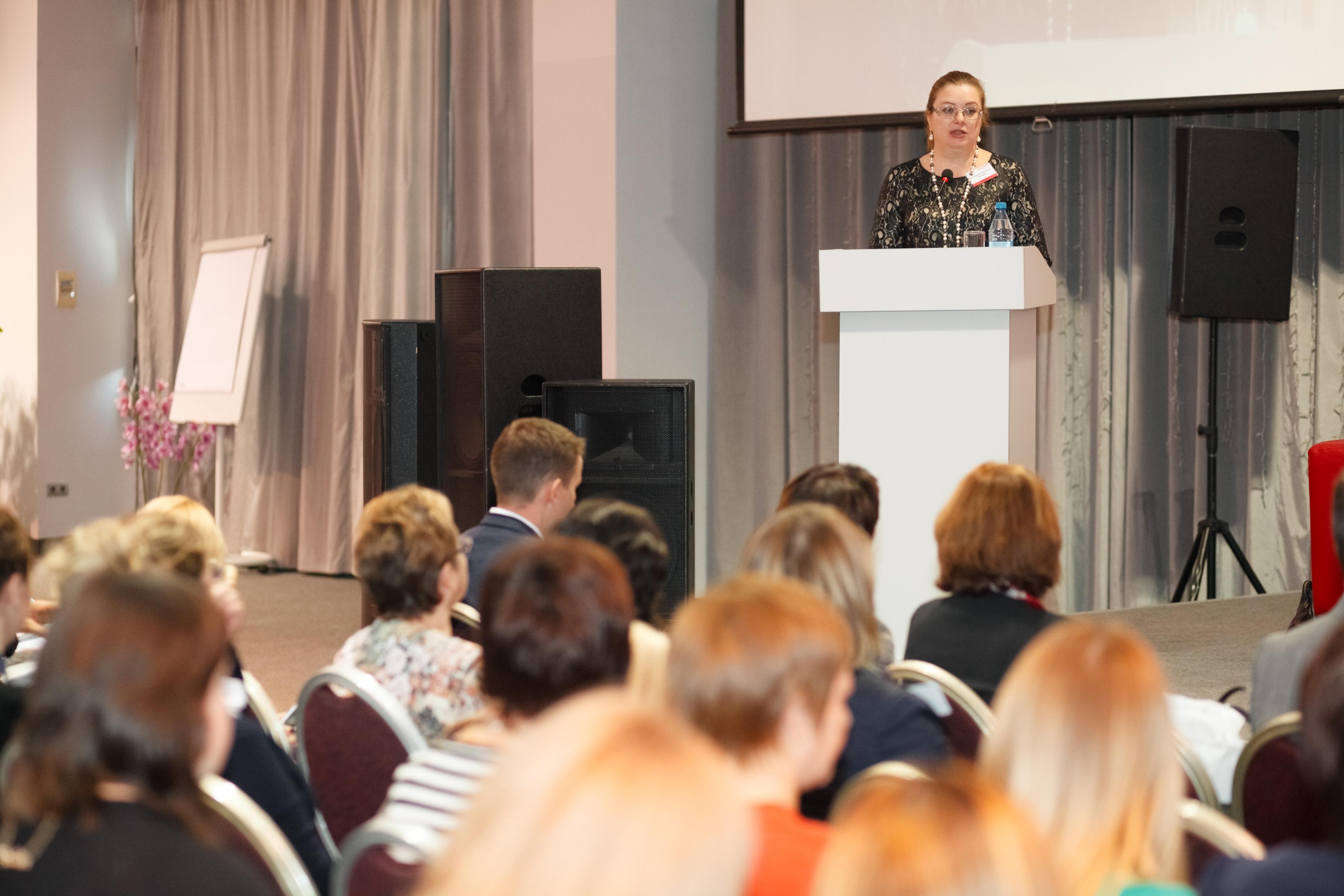 Профессор Екатерина Шугрина приняла участие в работе VI Сибирского муниципального форума #1