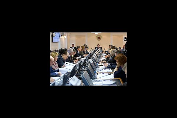 Роман Петухов принял участие в заседании Экспертного совета при Комитете СФ по федеративному устройству, региональной политике, местному самоуправлению и делам Севера