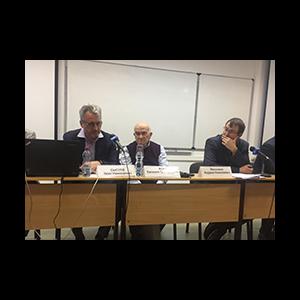 Роман Петухов принял участие в семинаре по вопросам территориальной организации местного самоуправления, проводимом под руководством Евгения Ясина