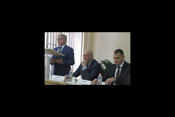 Взаимоотношения контрольно-надзорных органов с органами местного самоуправления обсудили в Хабаровском крае