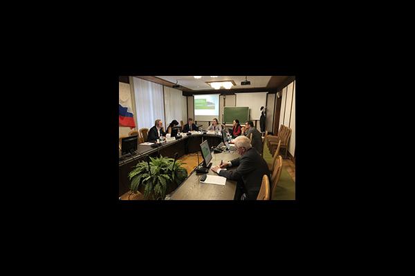 Центр местного самоуправления провел экспертную дискуссию о формах взаимодействия власти и бизнеса в сфере ЖКХ