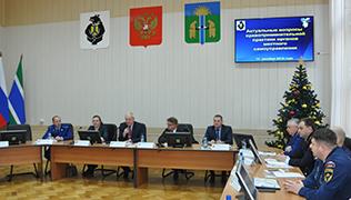Отношения органов местного самоуправления с контрольно-надзорными органами обсудили в Хабаровском крае