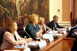 Екатерина Шугрина рассказала о муниципальных интересах в территориальных брендах
