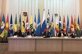 Особенности развития местного самоуправления обсудили в Ульяновске на сессии региональных и местных властей